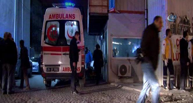 İstanbul Beyoğlu'nda silahlı çatışma! Saniye Saniye Kameralara Yansıdı!